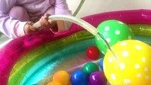 Zara cute memandikan kenzo di kolam mandi bola / anak main air / mandi bola / bayi lucu kenzo