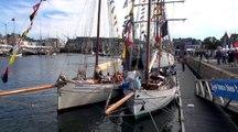 Extraits des spectacles chants de marins à  Paimpol  2017  et marins d'Indre