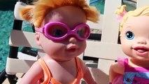 Bébé née peut peut ce poupée Jai le dans piscine réal nager la natation nage tout petit sous-marin vidéo