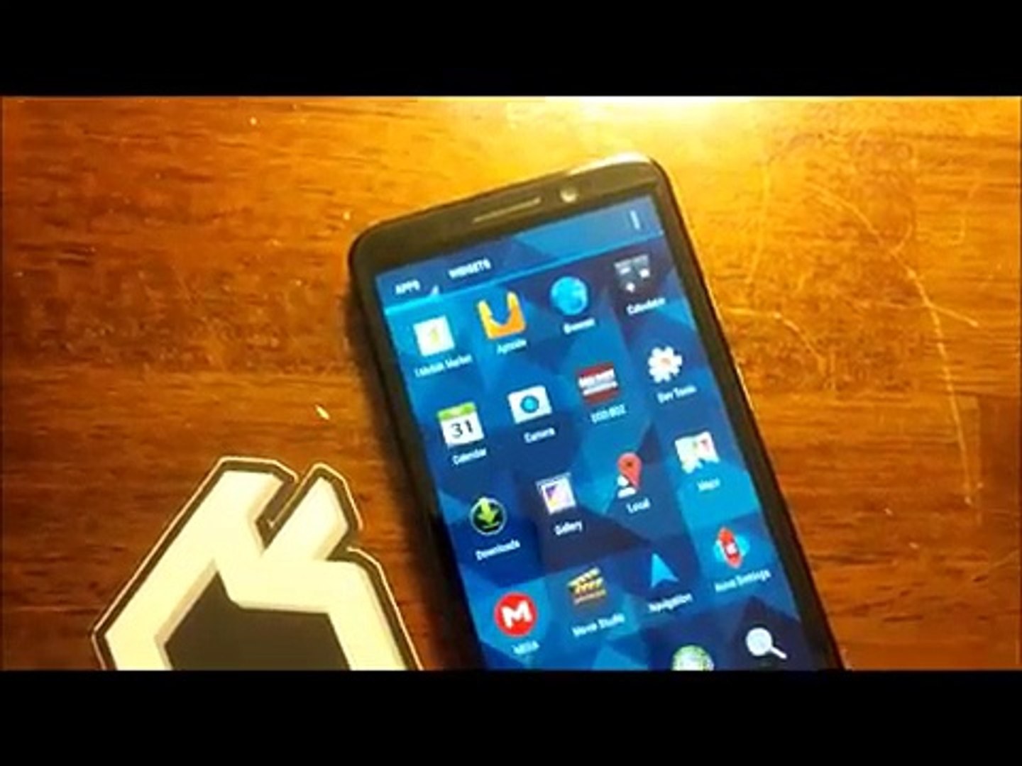 Z30 BlackBerry 10 2 1 Running Android Jelly Bean 4 2 2 Runtime