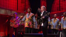 """Paul Simon And Friends - Clip: Paul Simon and Ladysmith Black Mambazo - """"Diamonds On The Soles Of Her Shoes"""""""