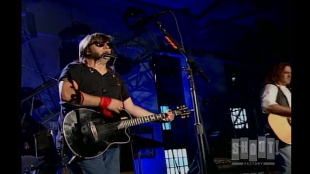 """The Warner Bros. Years - Clip: Steve Earle - """"Feel Alright"""" live at Cold Creek Correctional Facility in Tennessee"""