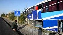 Otobüs kazası: 3 yaralı - UŞAK