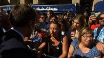 A Marseille, une femme au chômage interpelle Emmanuelle Macron sur sa politique de formation