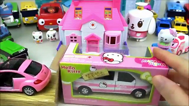 Hello Kitty car toys camping bus and Ambulance Pororo Robocar Poli toys