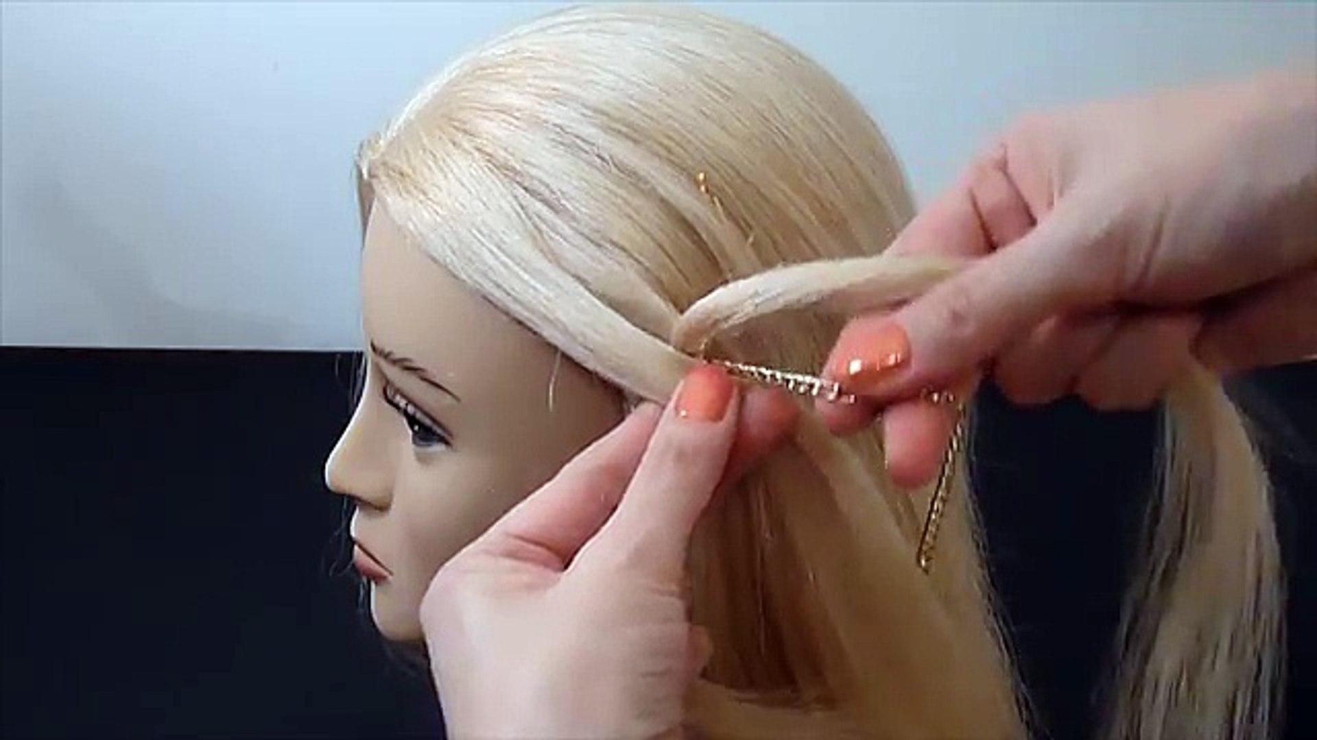 Schöne Frisurhaarezopf An Der Kopfhaut Flechtencute Braid Hairstylepeinados