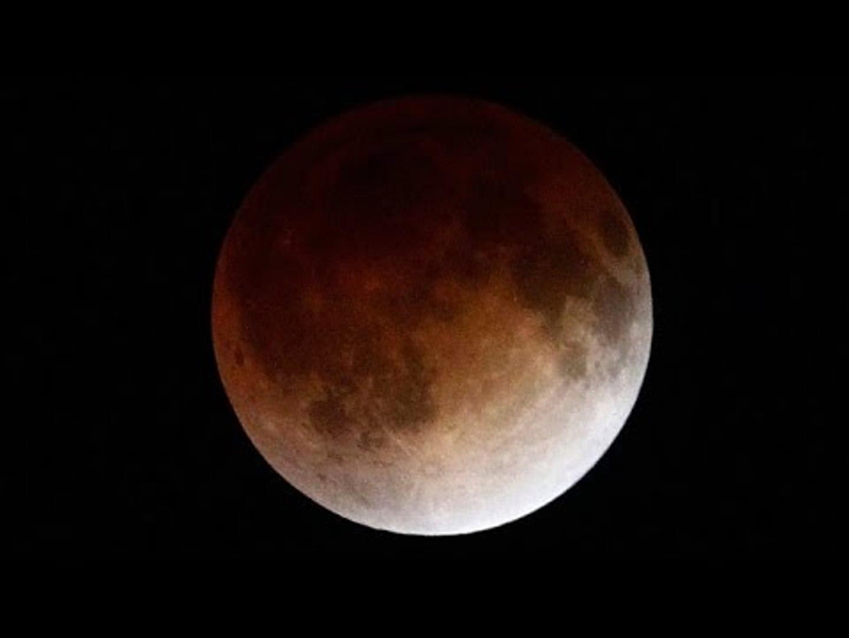 Blood Moon rare total lunar eclipse (NASA STREAM)