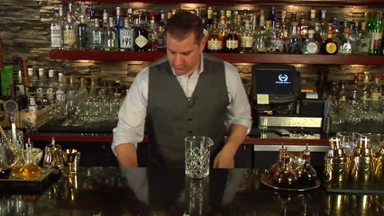 How to Make Foam for a Cocktail - Raising the Bar with Jamie Boudreau - Small Screen