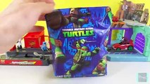 T-Machines Ninja Turtles Mikey Hot Rod race Lightning McQueen in Disney Cars & Turtle Base Playset