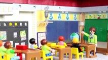 PLAYMOBIL Film deutsch: Schule im Krankenhaus + FEUERWEHRMANN KLO Feuer | Familie Kinderserie