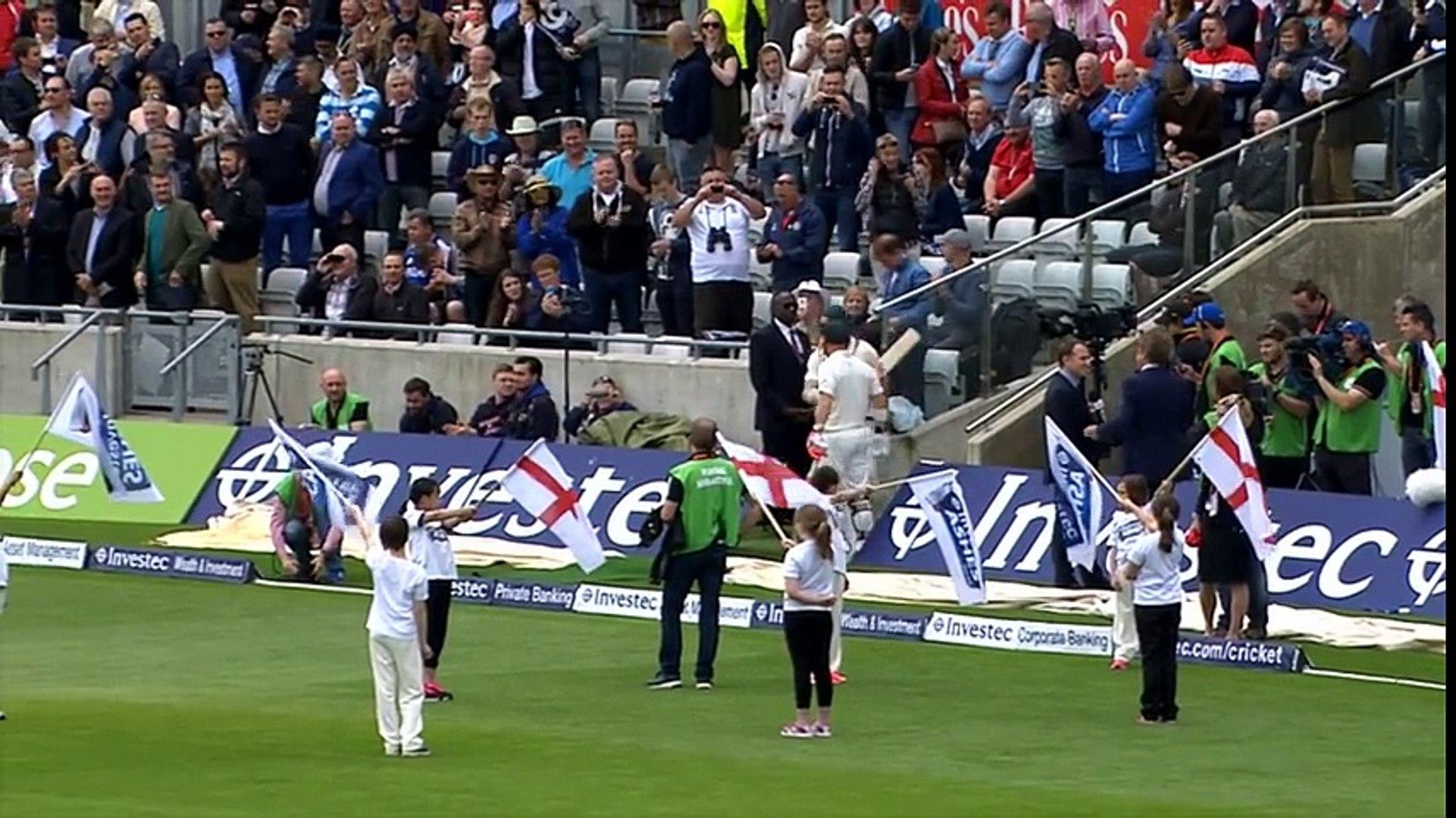 England bowl Australia out for 136 at Edgbaston - dailymotion