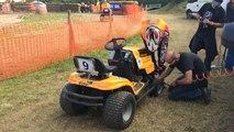 Course de tracteurs tondeuses à Panon