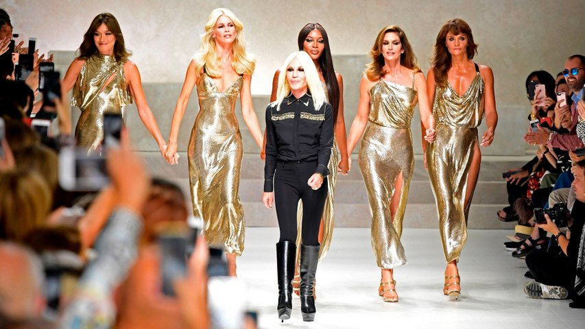 The Original '90s Supermodels Just Reunited on the Versace Runway