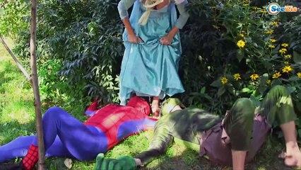 SPIDERMAN Cuts Hair FROZEN ELSA Gets Rainbow Hair! w/ Maleficent & Joker - Superhero Real Life