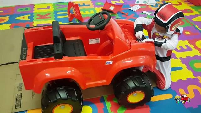 Power Wheels Ride on Car Truck for Kids 6V Blaze and the Monster Machines Unboxing Assembling Riding