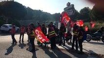 Grève des routiers : à hauteur du barrage filtrant de Lavéra à Martigues
