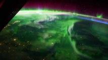 Les images impressionnantes d'une aurore boréale vue depuis l'ISS