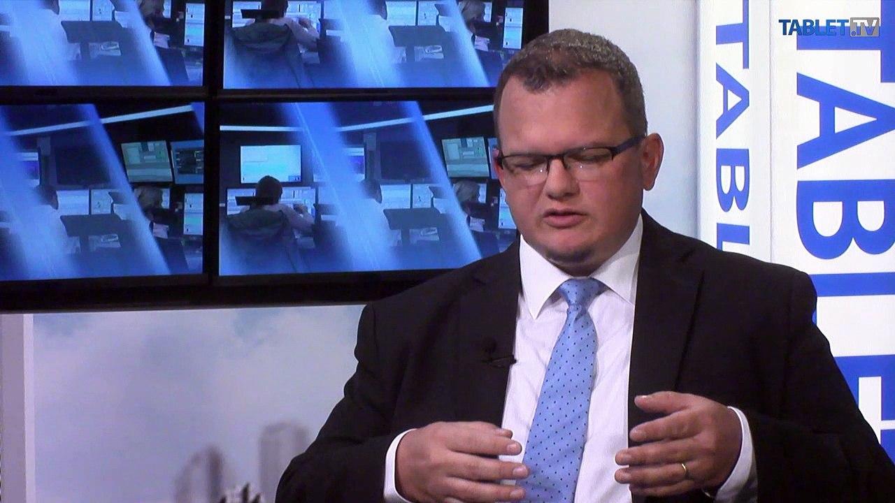 P. POLÁK: Digitálne banky v mobiloch nenahradia klasické bankové domy