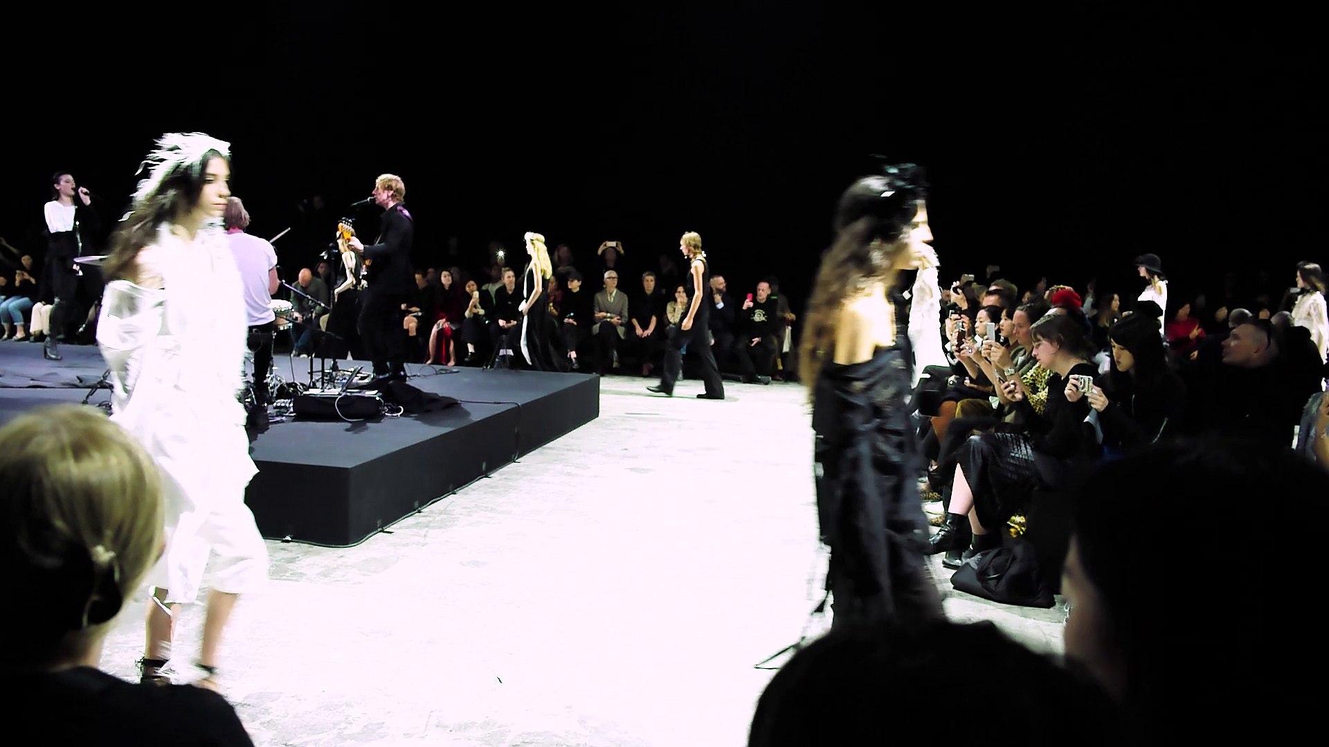Paris Fashion Fashion SS18 : Ann Demeulemeester