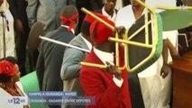 [Zap Actu] Ouganda: une séance au parlement vire à la bagarre générale (29/09/17)
