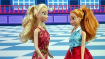 Anna Kidnapped by Star Wars Kylo Ren its Frozen vs Star Wars Parody. DisneyToysFan.