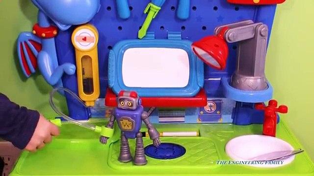 DOC MCSTUFFINS Disney Doc McStuffins Stuffy Check Up Center a Doc McStuffins Video Toys Review