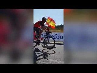 Fan Knocks Vuelta Rider Off His Bike