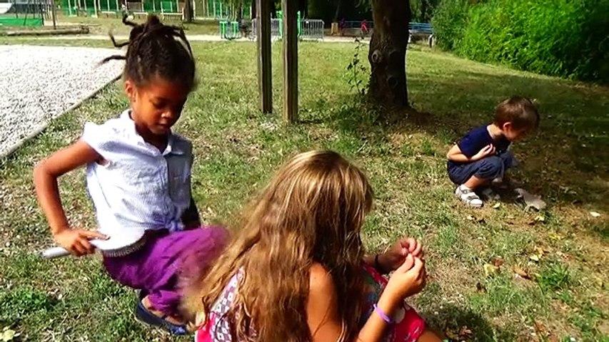Angélique Marquise des Langes : Les filles vs les garçons
