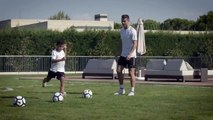 Cristiano Ronaldo entraine son fils comme un vrai pro en compagnie de Rio Ferdinand !
