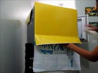 Aplicando papel cont-papel adesivo na geladeira!!!