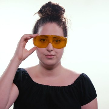 These orange glasses will help you sleep [Mic Archives]
