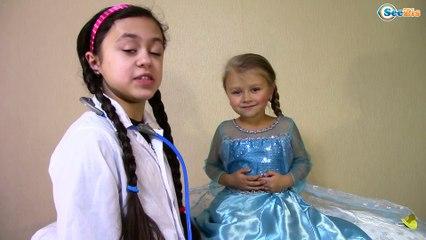 DOC MCSTUFFINS GIVES FROZEN ELSA SURGERY & Bad Baby Funny Video Видео для детей Доктор Плюшева