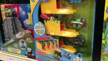Thomas & Friends Minis Motorized Raceway - Motorized Stunt Set - Thomas Minis Motorized Madness 機関車