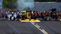 Top Alcohol Dragster crashes into the Wall NHRA Seattle