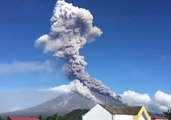 Timelapse Captures Large Ash Column Spewing From Mayon Volcano