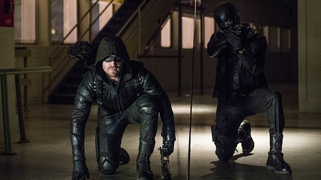 Regarder Arrow Saison 6 Episode 11 - We Fall - en ligne