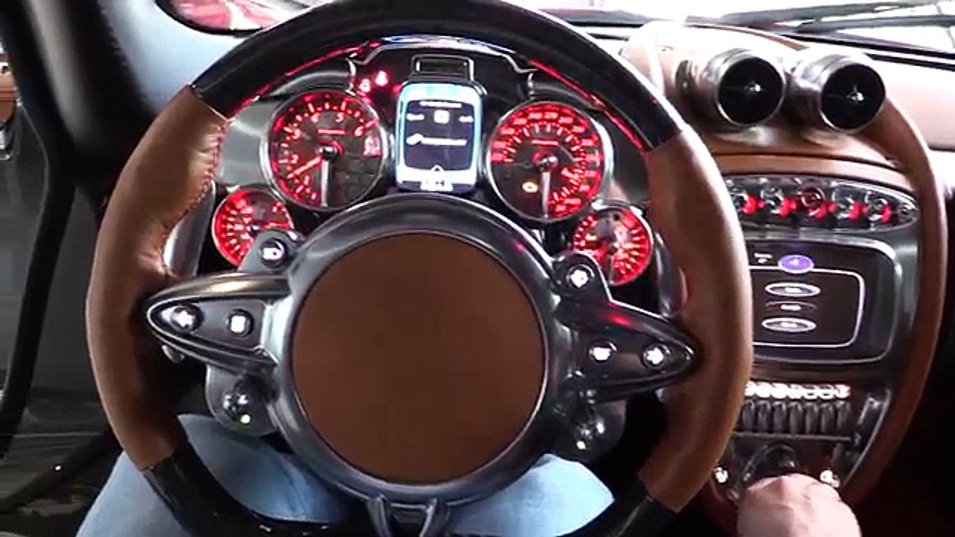 Inside The Pagani Huayra In Depth Review Interior Exterior Sound 影片 Dailymotion