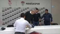 Teknik Direktör Fatih Tekke, Manisaspor'la Sözleşme İmzaladı