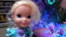Toy Hunt Anna and Elsa Toddlers go Christmas Shopping Lots Toys Dolls Games Barbie Toys In Action