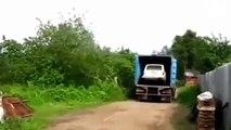 Expertos traileros, maniobras impresionant. (professional truck drivers) #3