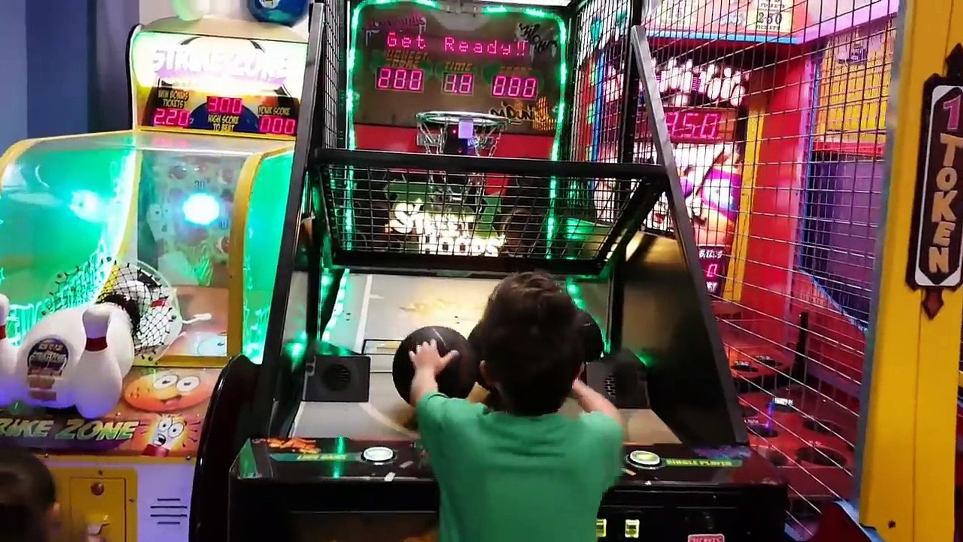 Chuck E Cheese Where a Kid can be a Kid Indoor Games and Activities for Kids