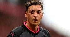 Mesut Özil'den Kendisini Arayan Fikret Orman'a: İngiltere'de Mutluyum