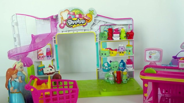 FROZEN ELSA AND ANNA GO SHOPPING FOR SOME SHOPKINS ESPANOL* ELSA Y ANA VAN DE COMPRAS POR SHOPKINS