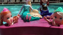 POOL ! Lifeguard RESCUES toddler ANNA ! Water Fun - Playing - Splash - Swim - Dive - Toddler Elsa