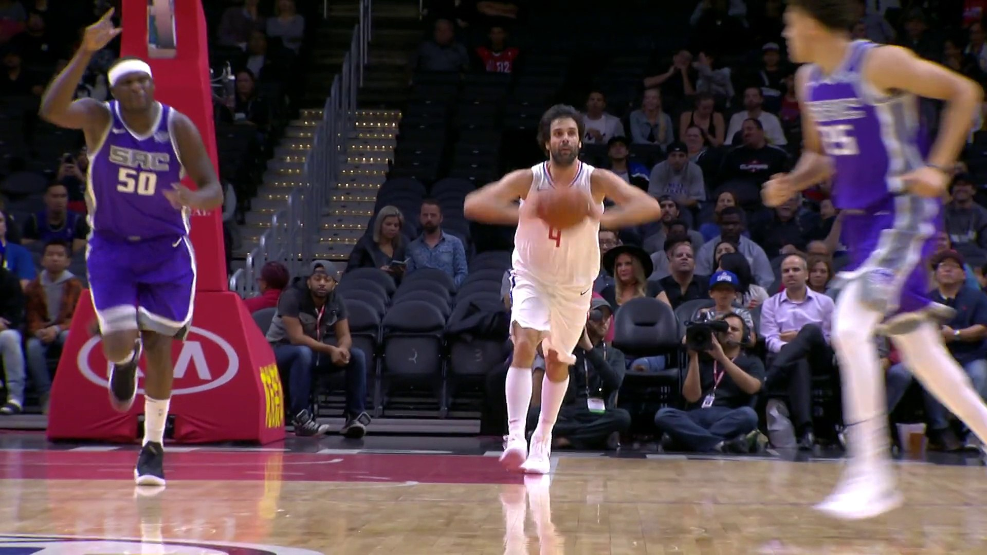 Miloš Teodosić Dropping Dimes - Kings vs Clippers - Oct 13, 2017
