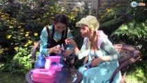 Frozen Elsa & Spiderman KIDNAPS SANTA! Princess Anna, Maleficent, Hulk, Superheroes in Real Life