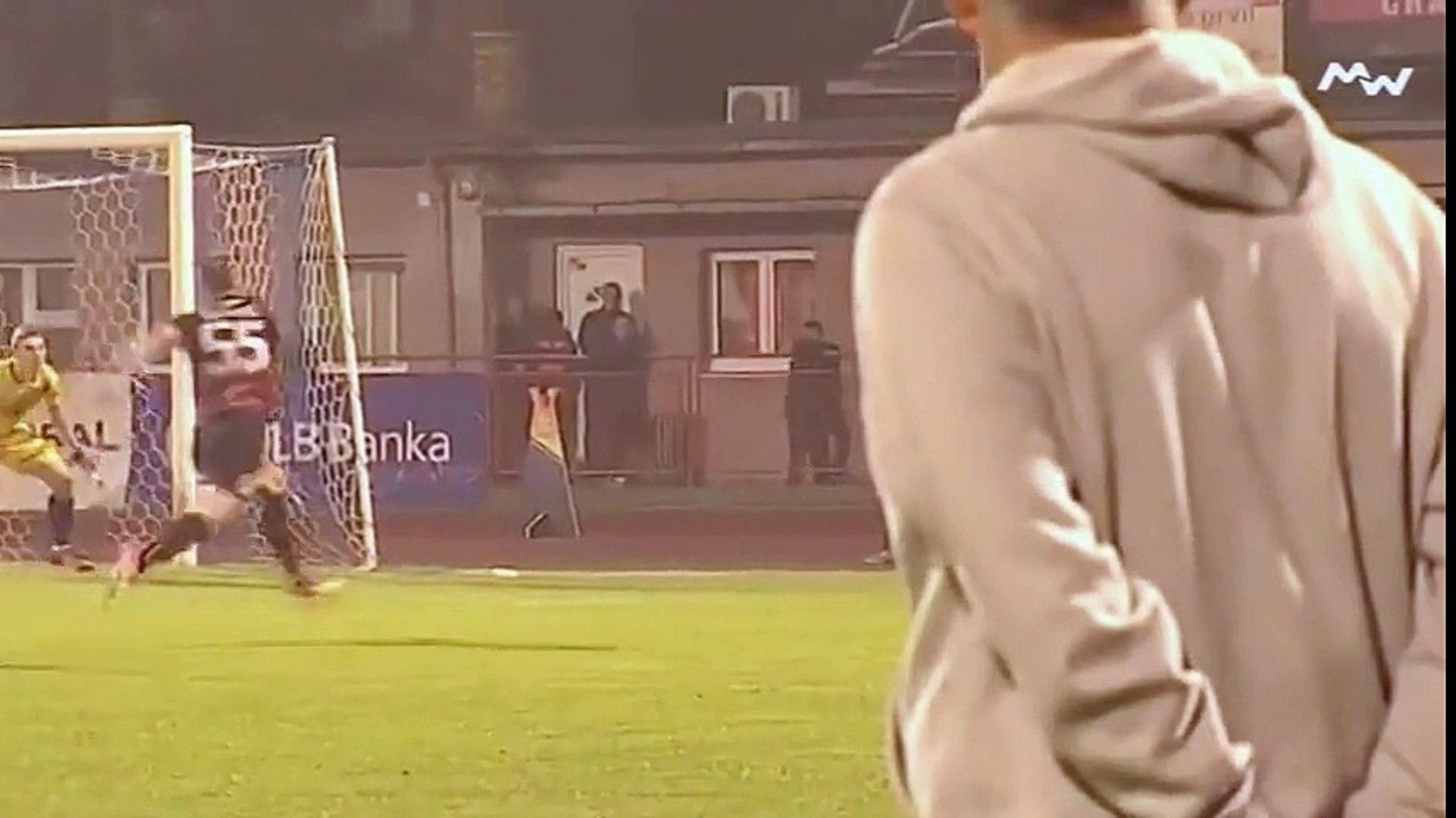 FK Sloboda - FK Sarajevo / Reakcija Musemića nakon promašaja Velkoskog