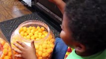 CHEESEBALL BATH NERF WAR PRANK CHALLENGE! GOO GOO BABY VS MOM FOR KIDS PRETEND PLAY GOO GOO GAGA