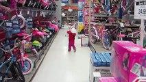 Kids day at ToysRUs - Lana3LW