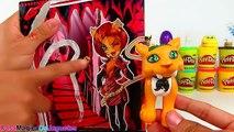 Huevo Sorpresa Gigante de Draculaura de Monster High de Plastilina Play Doh en Español
